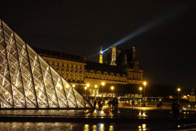 Eiffel Tower in the background. Photo by the author.